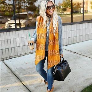 🖤 NWOT Rebecca Minkoff scarf